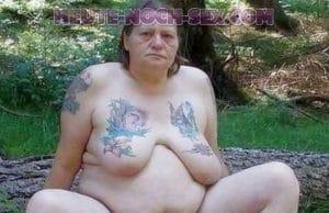 Fette Oma will heute noch Sex.