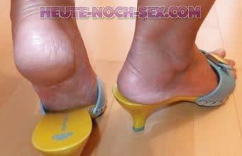 Frau mit Schuhfetisch bietet Sex Dates in Bremen.