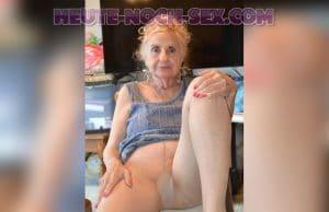 Sexy Oma will heute noch bumsen.